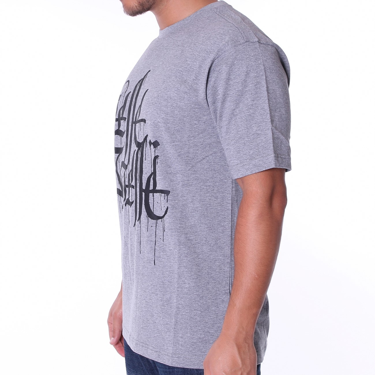 320583a3c0 The Wholesale T-Shirt Co Calligraphy T Shirt: Pelle Pelle Store (Europe