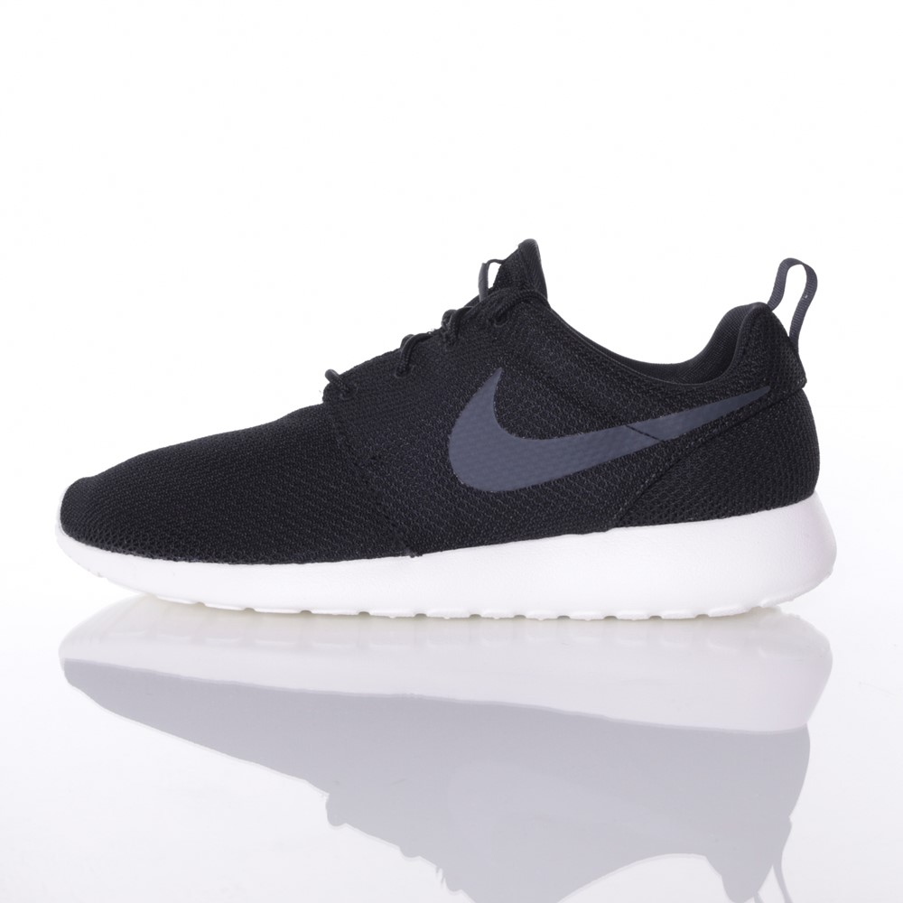 Image of   Nike - Roshe One